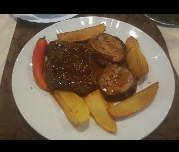 Saloon steaks and more | Kartoffeln mit Fleisch