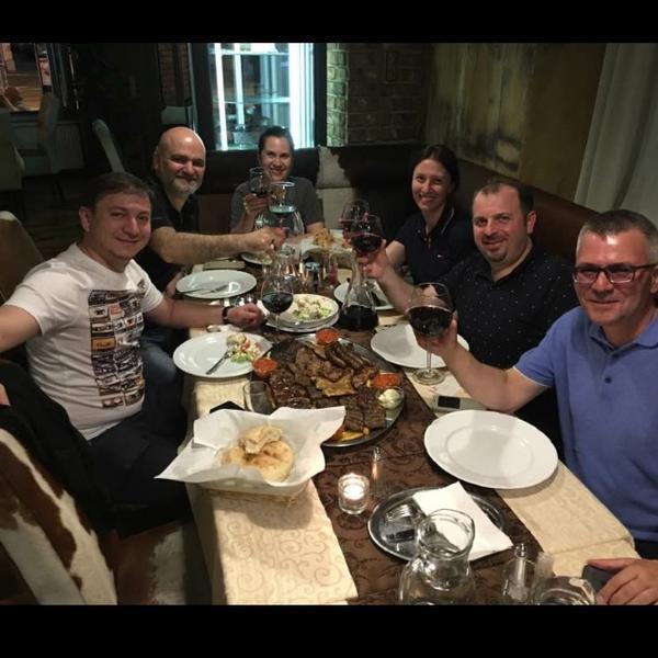 Saloon steaks and more | Gemütliche Abende