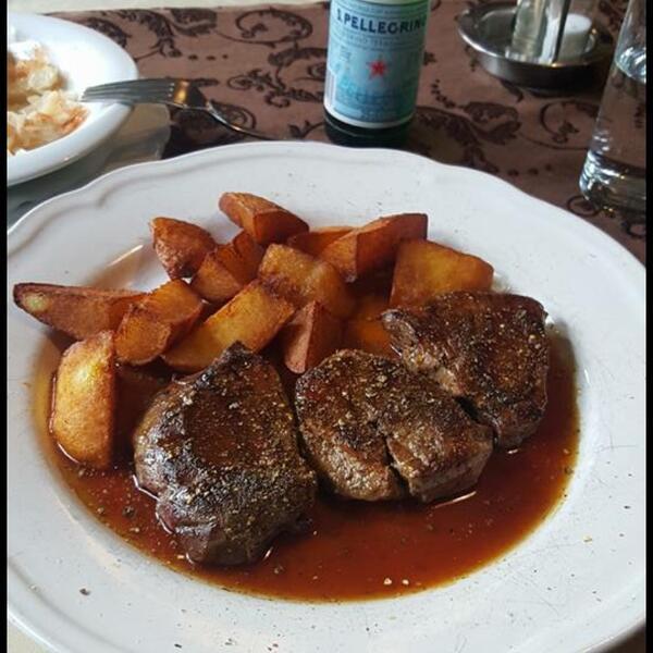 Saloon steaks and more | Fleischsteaks mit Kartoffeln