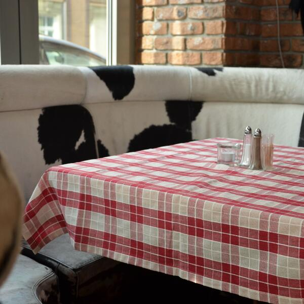 Saloon steaks and more | Sitzecke